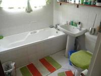 Main Bathroom of property in Bendor
