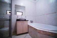 Bathroom 1 - 3 square meters of property in Silverwoods Country Estate