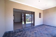 Patio - 3 square meters of property in Silverwoods Country Estate