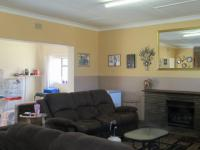 Lounges - 37 square meters of property in Sasolburg