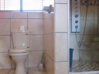 Main Bathroom - 12 square meters of property in Sasolburg