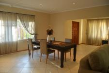 Dining Room - 21 square meters of property in Mookgopong (Naboomspruit)