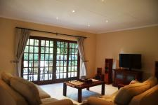 Lounges - 23 square meters of property in Mookgopong (Naboomspruit)