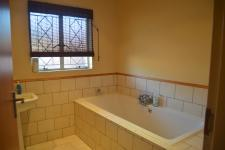 Bathroom 1 - 6 square meters of property in Mookgopong (Naboomspruit)