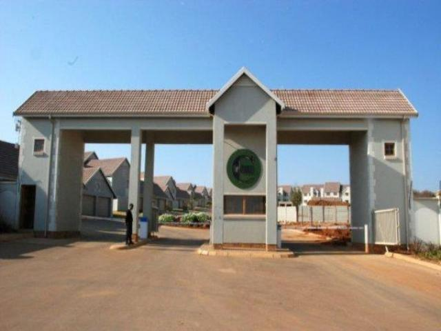 2 Bedroom Cluster for Sale For Sale in Olympus - Home Sell - MR107439