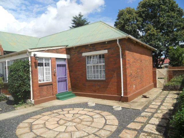 3 Bedroom House for Sale For Sale in Krugersdorp - Private Sale - MR107453