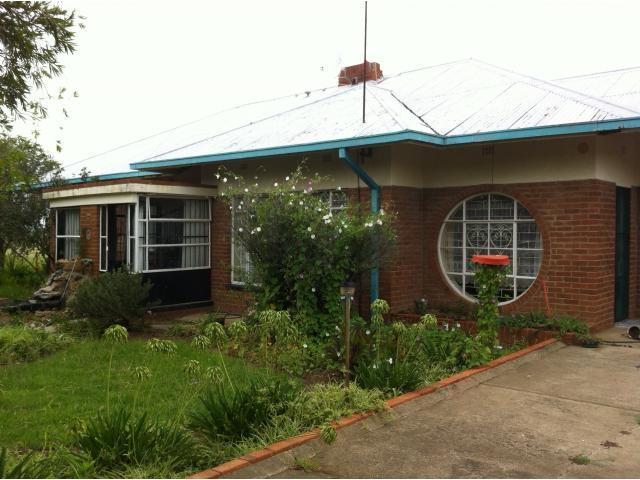3 Bedroom House For Sale in Steynsrus - Home Sell - MR107457
