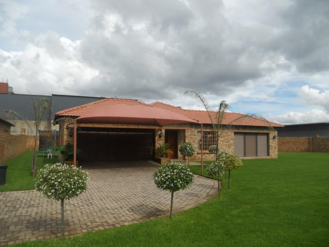 3 Bedroom House For Sale in Randfontein - Home Sell - MR107488