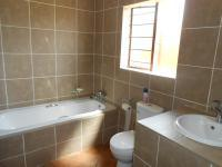 Main Bathroom - 8 square meters of property in Aerorand - MP