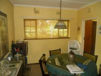 Dining Room - 10 square meters of property in Amanzimtoti