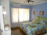 Bed Room 2 - 15 square meters of property in Amanzimtoti