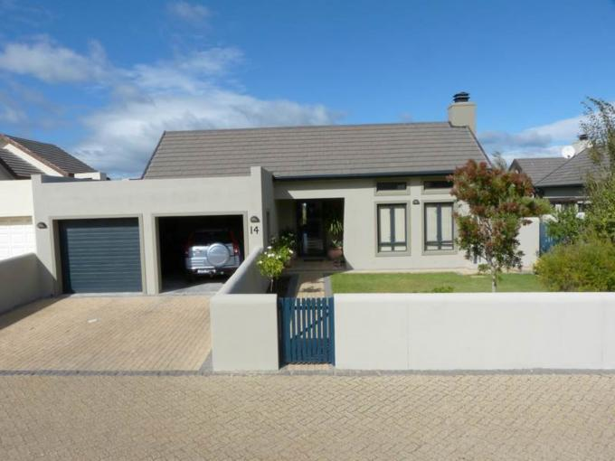 3 Bedroom House for Sale For Sale in Somerset West - Home Sell - MR107626