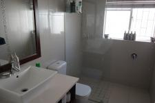 Bathroom 1 - 5 square meters of property in Diep River