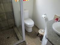 Bathroom 1 - 3 square meters of property in Vanderbijlpark