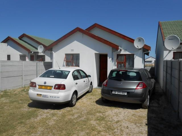 Standard Bank EasySell 3 Bedroom House For Sale in Eerste Rivier - MR107662