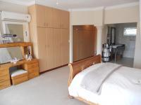 Main Bedroom - 35 square meters of property in Umkomaas
