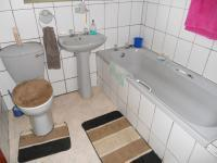 Main Bathroom - 5 square meters of property in Despatch