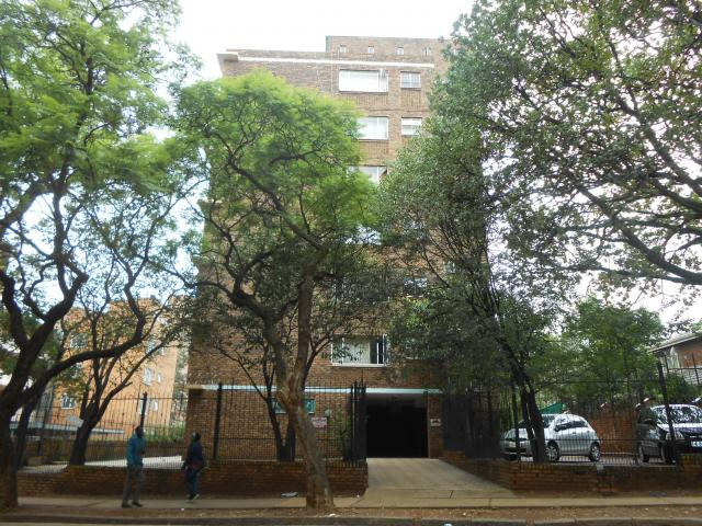 Standard Bank EasySell 1 Bedroom Apartment for Sale For Sale in Sunnyside - MR107799