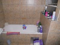 Main Bathroom - 7 square meters of property in Windsor