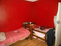 Bed Room 1 - 14 square meters of property in Windsor
