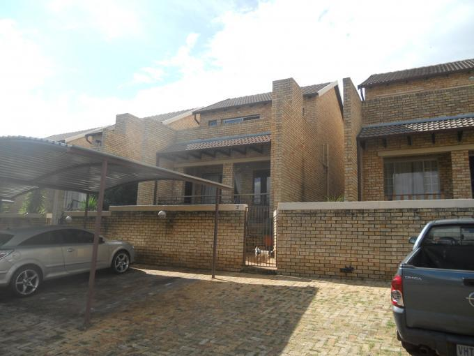 2 Bedroom Simplex For Sale in Wilgeheuwel  - Home Sell - MR107855