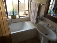 Main Bathroom - 2 square meters of property in Wilgeheuwel