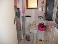 Main Bathroom - 4 square meters of property in Scottburgh