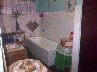 Main Bathroom of property in Derby