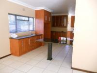 Kitchen - 36 square meters of property in Oudtshoorn