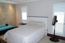 Bed Room 2 - 24 square meters of property in Somerset West