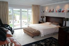 Main Bedroom - 36 square meters of property in Somerset West