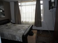 Main Bedroom - 17 square meters of property in North Beach