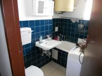 Main Bathroom - 5 square meters of property in North Beach