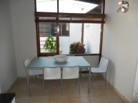 Dining Room - 15 square meters of property in Umkomaas