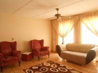 Lounges - 24 square meters of property in Alan Manor