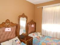 Bed Room 1 - 9 square meters of property in Alan Manor