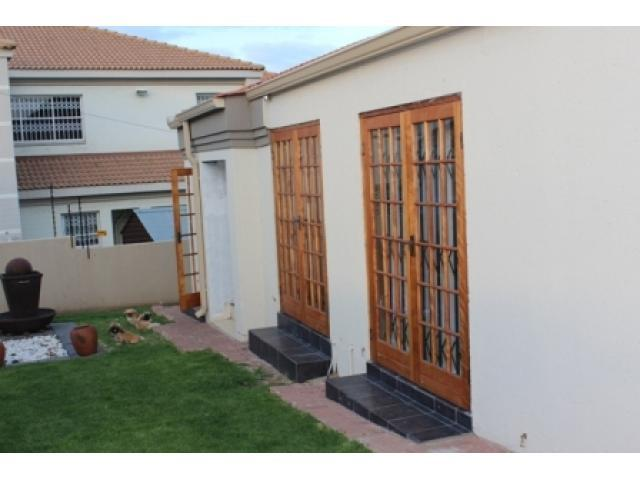 3 Bedroom House for Sale For Sale in Emalahleni (Witbank)  - Private Sale - MR108141