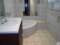 Main Bathroom - 6 square meters of property in Lombardy East