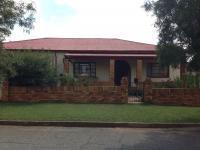 4 Bedroom 3 Bathroom in Randfontein