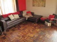 Lounges - 18 square meters of property in Casseldale