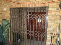 Spaces - 82 square meters of property in Alberton