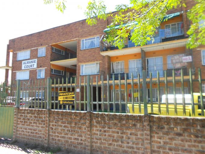 2 Bedroom Apartment For Sale in Vereeniging - Home Sell - MR108288