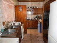 Kitchen - 12 square meters of property in Alberton