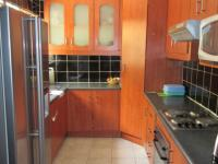 Kitchen - 8 square meters of property in Bloubosrand
