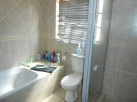 Main Bathroom - 7 square meters of property in Pretoria North