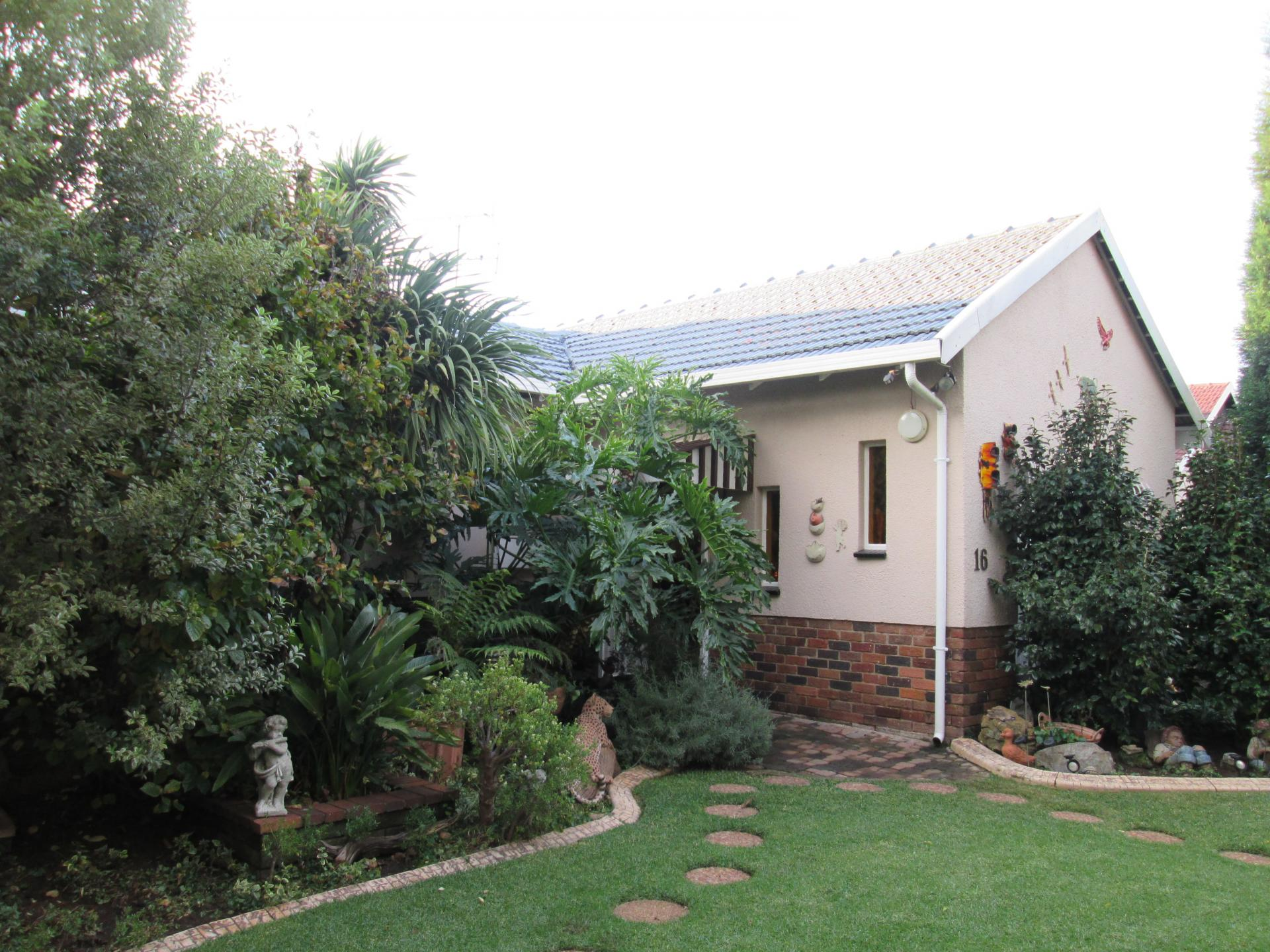 Front View of property in Parkdene (JHB)