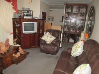 Lounges - 23 square meters of property in Parkdene (JHB)