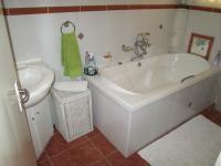 Bathroom 1 - 8 square meters of property in Parkdene (JHB)