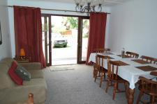 Dining Room - 16 square meters of property in Bredasdorp