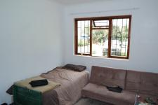 Bed Room 1 - 13 square meters of property in Bredasdorp